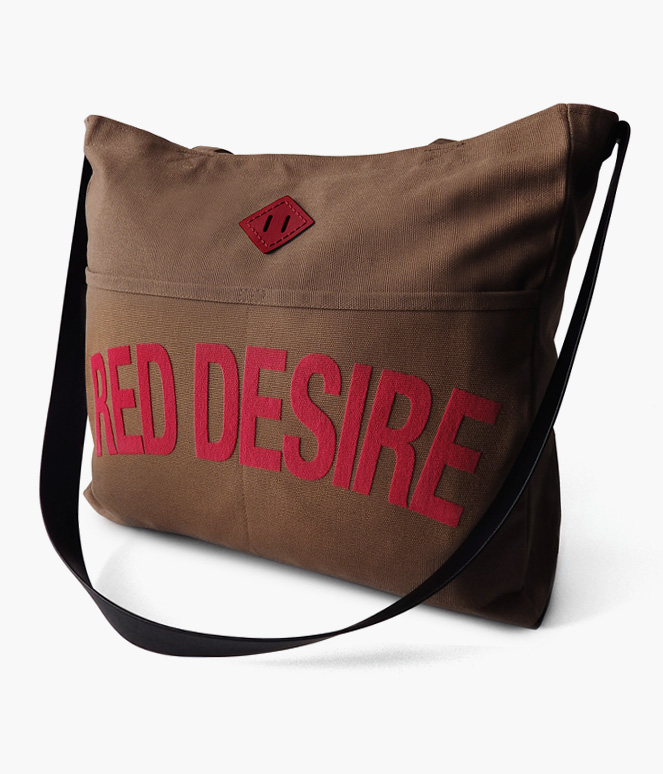 RED DESIRE REINS TOTE BAG